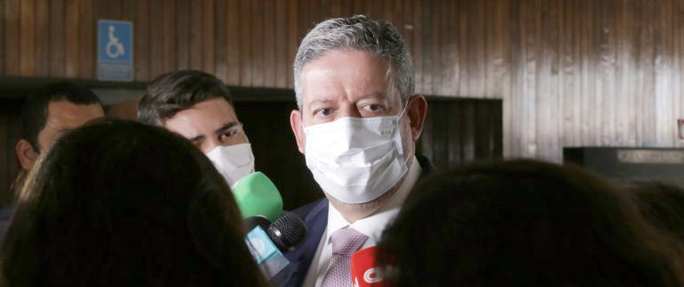 Lira defende discussão permanente sobre desoneração da folha de empresas
